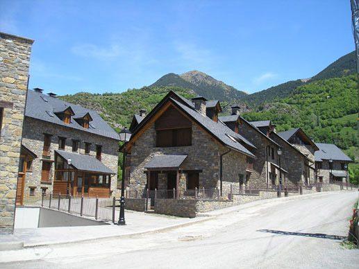 Urbanización Santiellos